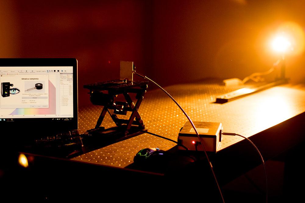 Bezpieczeństwo fotobiologiczne - badania w laboratorium